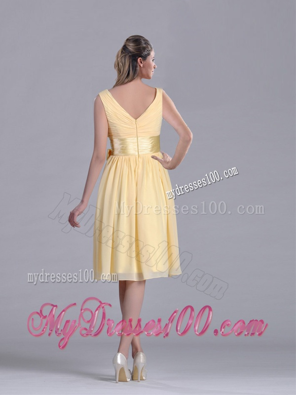 New Arrivals V Neck Bowknot Chiffon Short Mother of The Bride Dress in Yellow