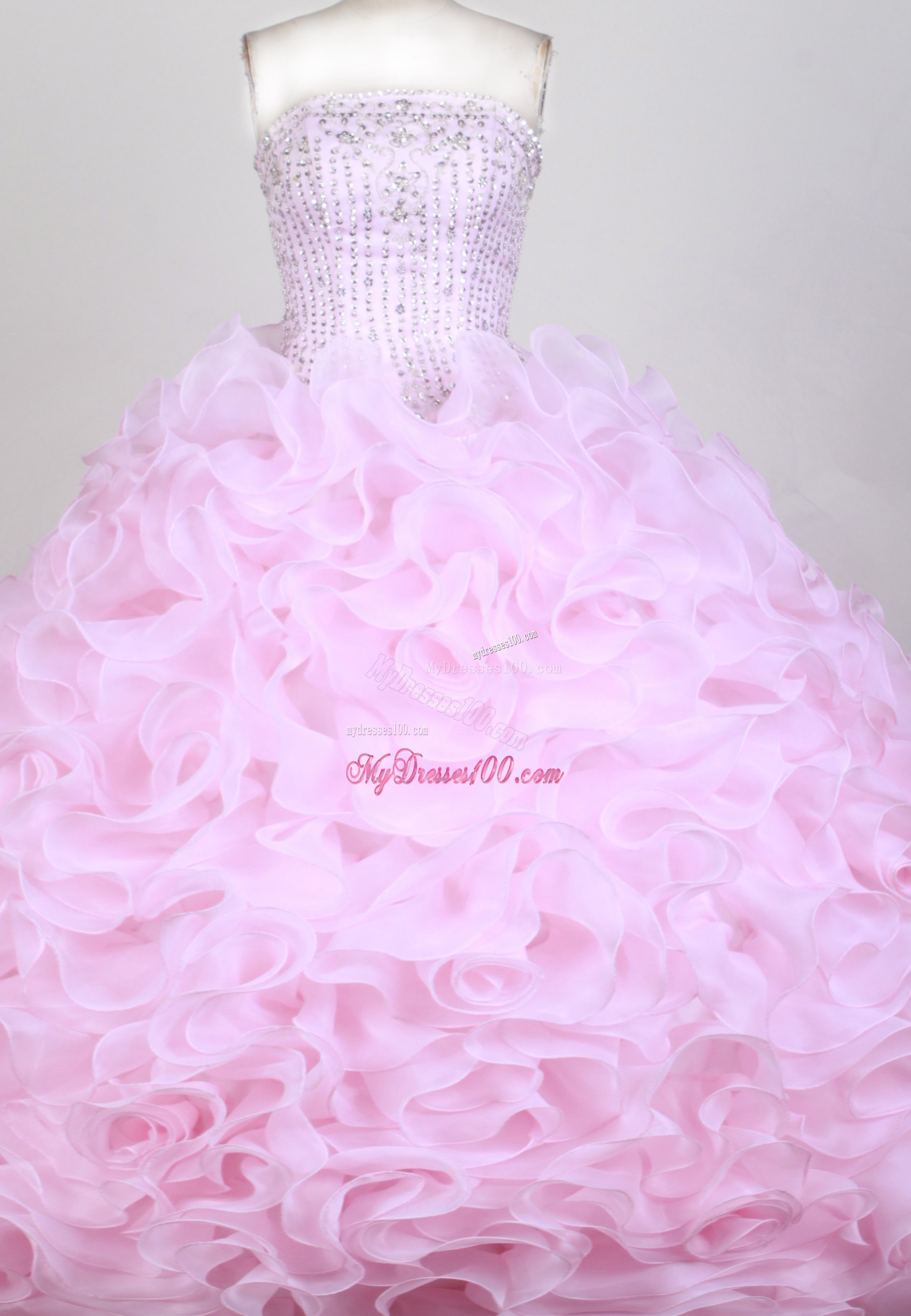 Pink Diamonds Decorated Sweet 15 Dresses with Rolling Flowers