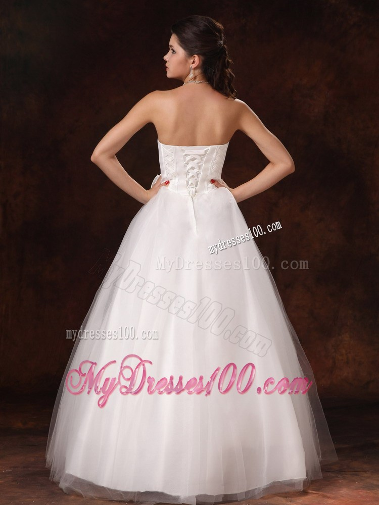 Diamonds and bowknot decorated puffy bridal gown for woman for Puffy wedding dresses with diamonds