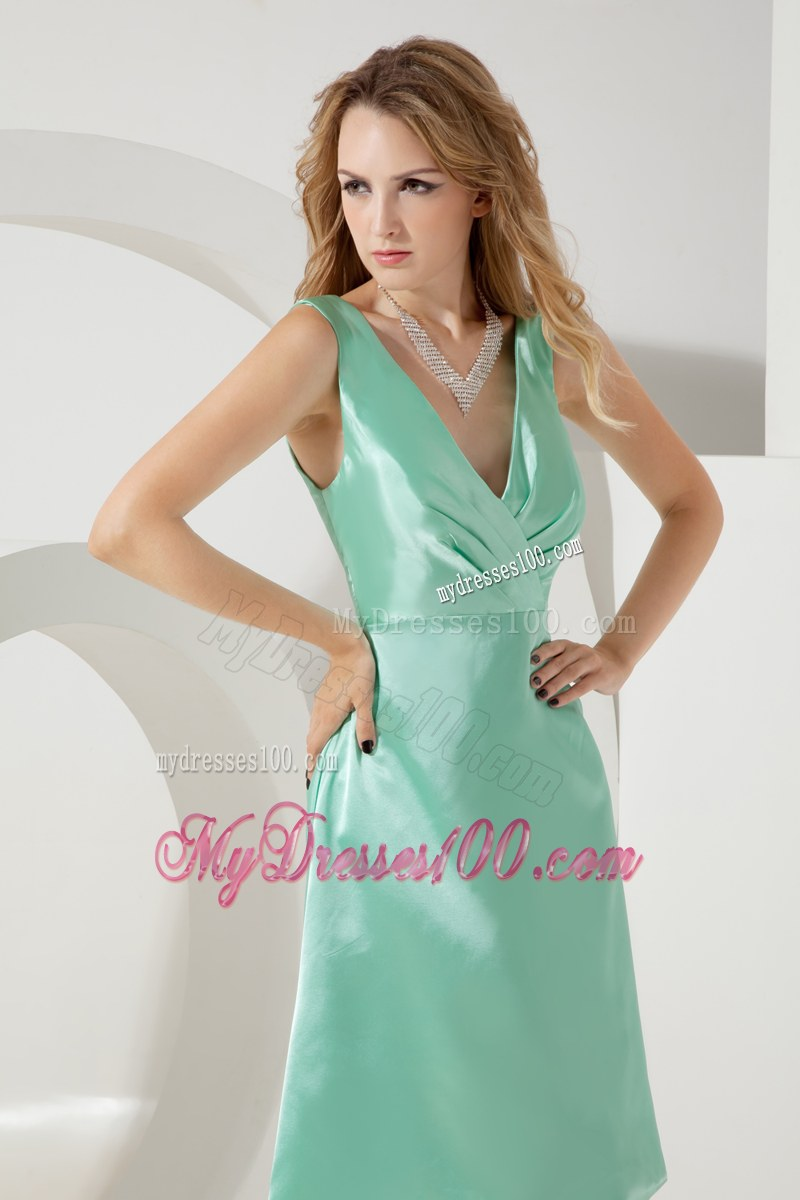 V-neck Apple Green A-line Bridesmaid Dress Knee-length Taffeta Ruche